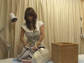 Japan massage groot boezem tieten rondborstig aziatisch groupe