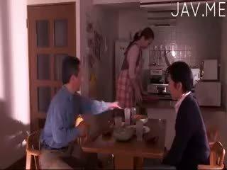 श्यामला, जापानी, बच्चा