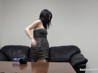 Tehotné dievča zadok fucked podľa fake kásting agent