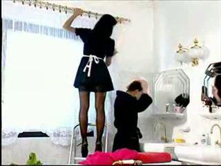 Slutty pembantu rumah anita berambut perang