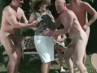 Grandmas sekss kompilācija