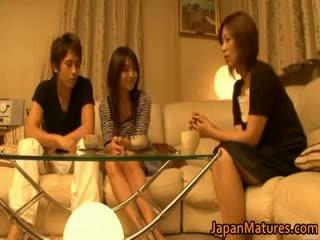 Japonesa madura mujeres tener un trío part4