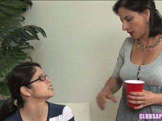 Godaan Lesbian