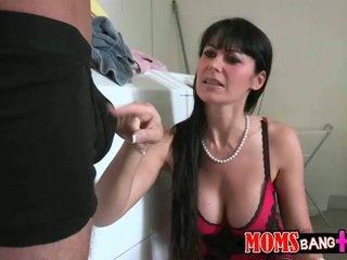 briunetė, sušikti, oralinis seksas