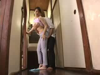 Giapponese arrapato ragazzo attacked suo matrigna video