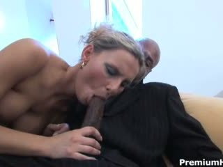 Patricia gets rammed līdz milzīgs melnas video