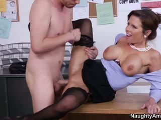 Kinky Veronica Avluv Gets Slamme.