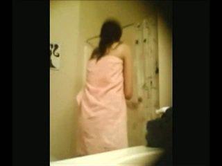Indiana campus mel recorded por escondido webcam em douche