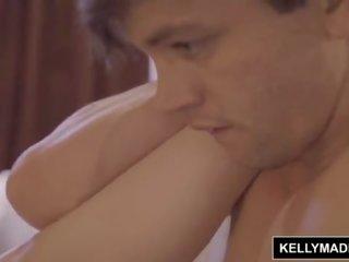 Kelly madiso - बस्टी पेटिट nadya nabakova tips बहुत वेल