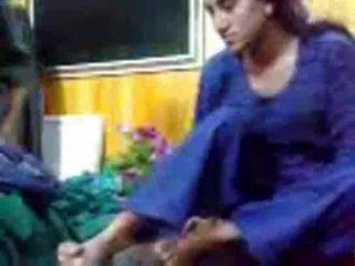 Hinduskie seks pathan doktor pieprzenie pacjent w klient w domu mms