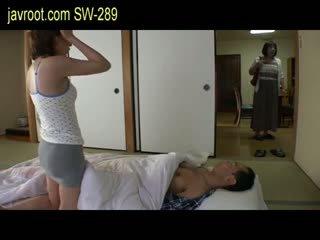Chorý manžel dostať lepší sex