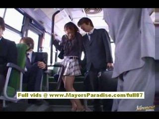 Nao yoshizaki seksi asia remaja di itu bis