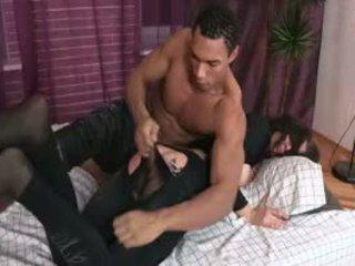 Wench cries aus painful enjoyment aus wild anal knallen