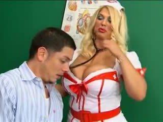 أبيض جوارب ممرضة كبير الثدي سخيف