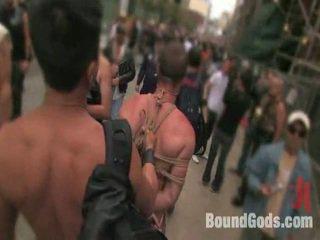 Amarradas gods viver: público sadomasochism em o streets de sf