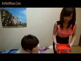 Fierbinte japonez mama 39 de avhotmom