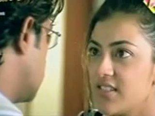 Telugu herečka kajol agarwal predstavenie prsia