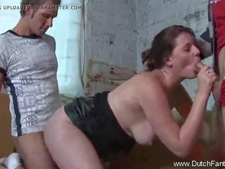 brunete, kissing, 3some