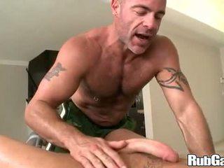 Hunk Cock Massage on Rubgay