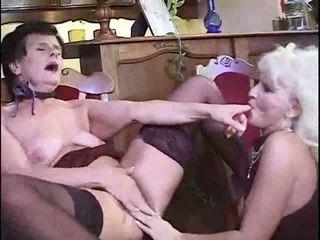 Lesbo mummi having puolue video-