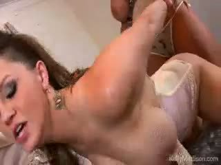 Mare titty lovers ud vis sperma adevărat cu kelly madison