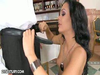 하드 코어 섹스, 피어싱, 핥는