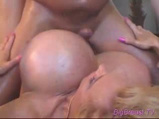 Bigtitted dame acquires fucked