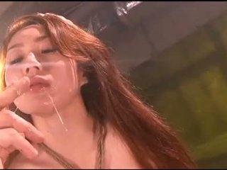 Meninas forçado vomit puke a vomitar vomiting a engasgar