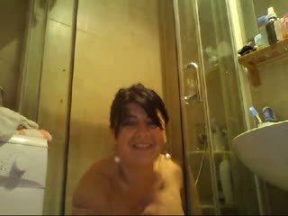 nobriešana, vebkameras, dušas