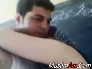 שמן hijab עיקרת בית מזוין ב פרטי וידאו