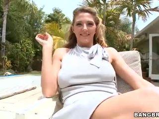 Lusty en nat gezicht sitting