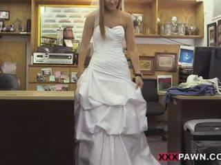 Een bruid naar bes perfect en bouncy bips