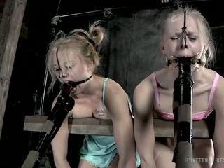 Encadenada nena needs sexy tortura
