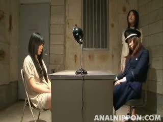 Japānieši lesbiete dominēšana pie the cietums