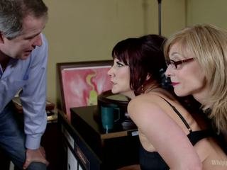 Retribution maitresse madeline taken ned dominated og anally knullet av nina hartley