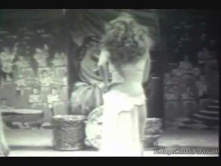 Wintaž ekzotika dancer