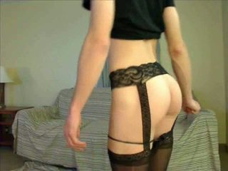 webcam, crossdresser, pakaian dalam