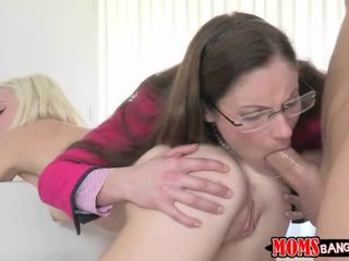 A 3 way with MILF Samantha and her girl toy Chloe