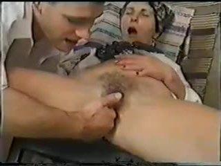 Grannies เพศสัมพันธ์ และ fist