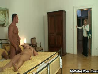 From mature mouth to Pussy
