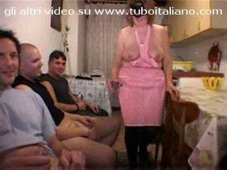 الإيطالي ربة البيت la casalingua