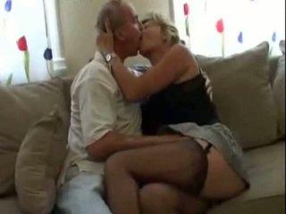 Suedeze çift