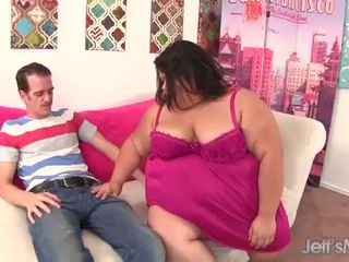 Resnas aziāti nobriedušas sugar gets viņai vāvere reamed