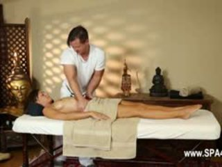 Arm babes copulated hard in speciaal masseur