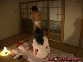 חם יפני מורה enjoys מזיין part4