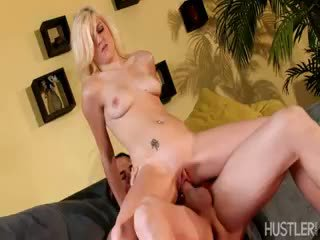 Lacey Leveah, BARELY LEGAL 127