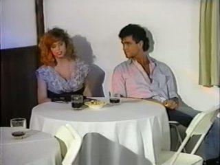 Tracey adams au restaurant