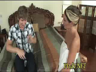 cougar porn, housewives porn, blowjob porn, hot mom porn