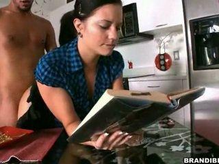 Libra mě astounding zatímco já číst mine kniha