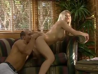Anal with blonde Lea de Mae